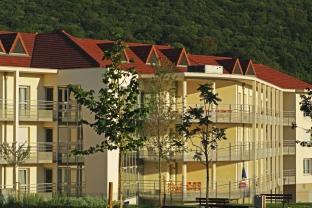 Restructuration du Centre Jacques Weinman A AVANNE